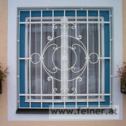 Fenstergitter mit rundem Element